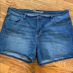 Old Navy The Sweatheart Shorts